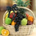 Fresh fruit always makes a sweet and delicious gift.