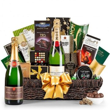 Wine Baskets: The perfect champagne basket