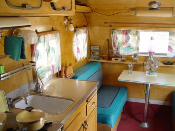 Dougs Vintage Trailers 1950 Airfloat