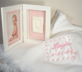 Personalized Keepsake Blanket W/ Picture Frame(Girl) 